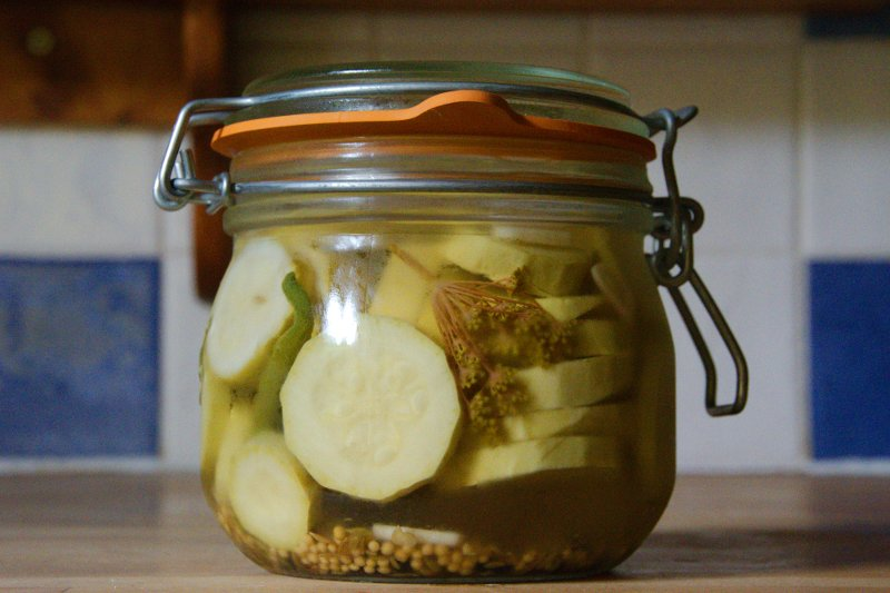 Pittige Courgette-Pickels